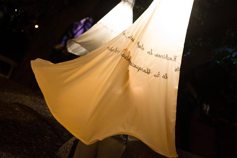 """Quimeras. Instalación textil en el marco del festival cultural emergente """"Encuentro del cuarto tipo"""". Parque Urquiza. Paraná, Entre Ríos. Noviembre, 2016"""